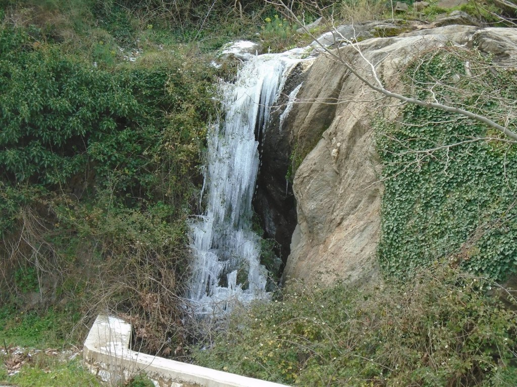 Naxos waterfalls 4