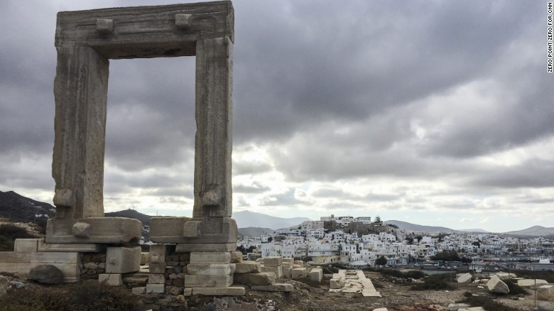 Apollo Temple Anthony Bourdain Naxos