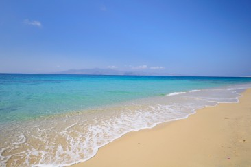 Plaka beach in Naxos among best Mediterranean Beaches