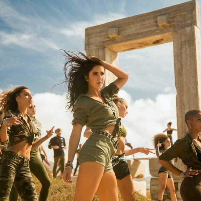 Bollywood takes Naxos by storm and goes viral